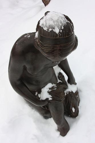 lady under snow