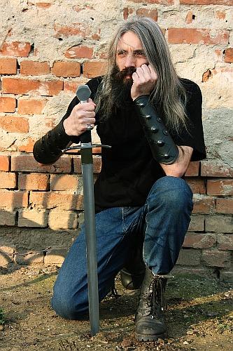 The pretended swordsman