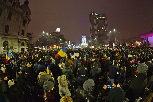Continuing anti-corruption protests in Bucharest